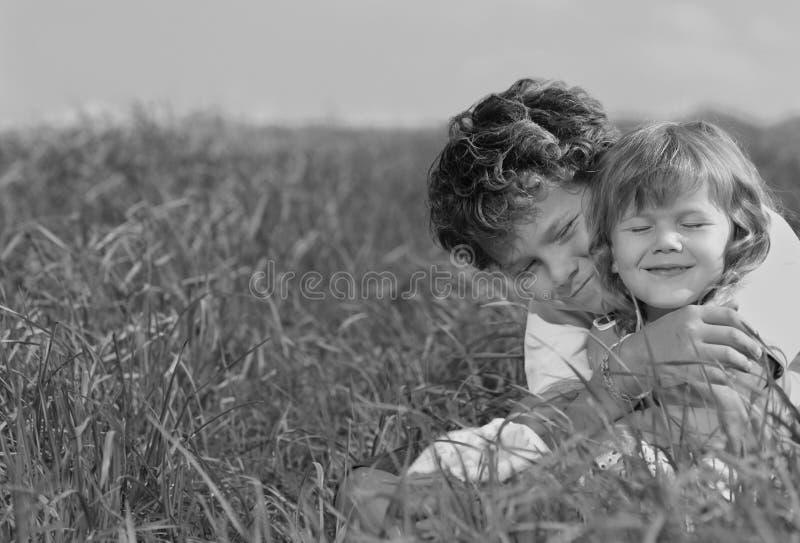 Dos niños fotografía de archivo