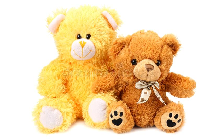 Dos osos de peluche del juguete aislados en el fondo blanco foto de archivo