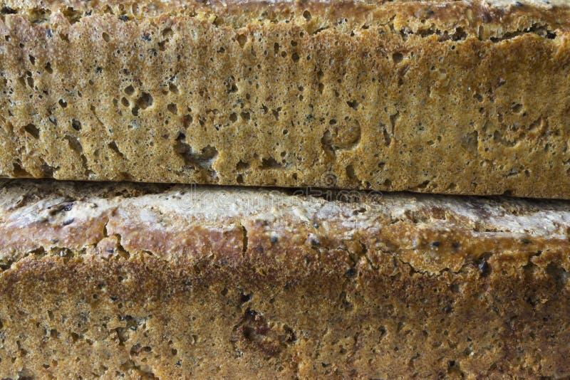 Dos panes de pan hecho en casa imagenes de archivo