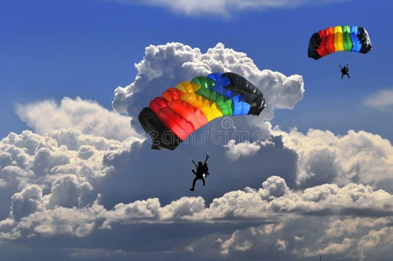 Dos paracaídas fotos de archivo libres de regalías