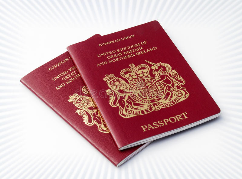 Dos pasaportes BRITÁNICOS imagen de archivo libre de regalías