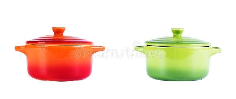 Dos potes de cerámica aislados en blanco fotos de archivo libres de regalías