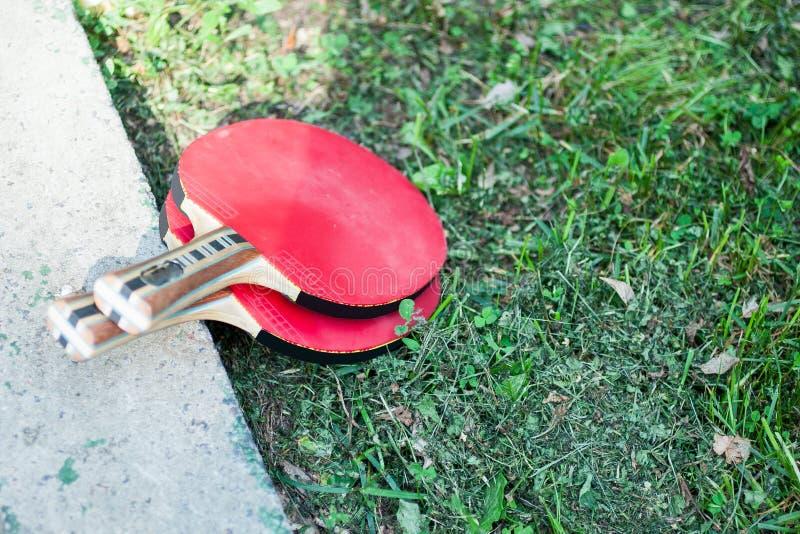 Dos raquetas del tenis o del ping-pong de vector imágenes de archivo libres de regalías