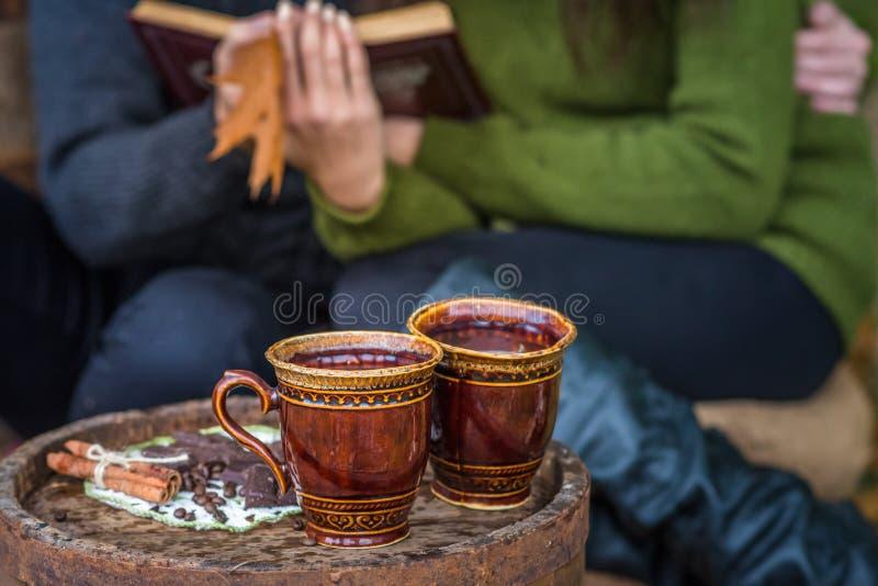 Dos tazas de café foto de archivo libre de regalías