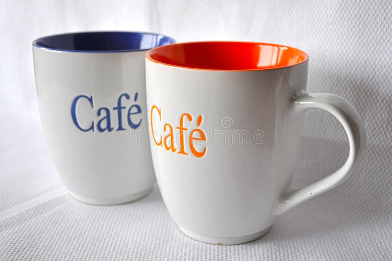 dos tazas de caf grandes foto de archivo imagen de