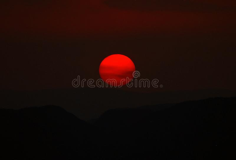 Dos Veadeiros Chapada - заход солнца стоковые изображения rf