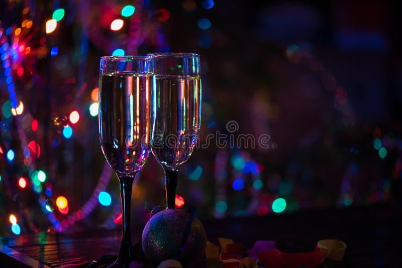 Dos vidrios del shampagne fotografía de archivo libre de regalías