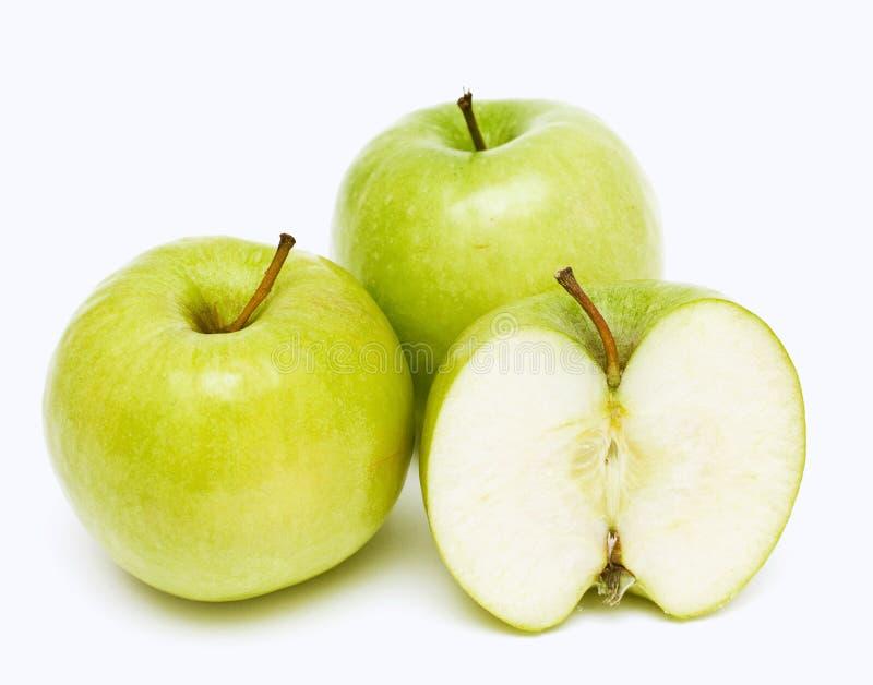 Dos y manzanas de una mitad foto de archivo libre de regalías