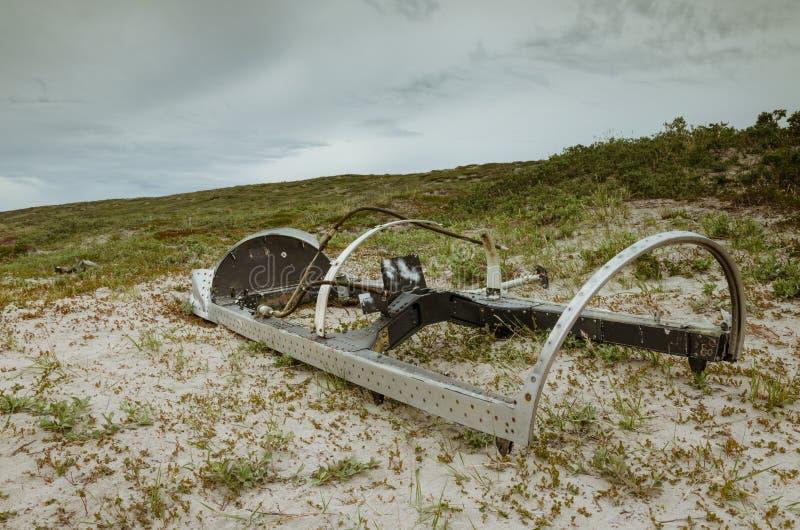 Dossel do avião de combate deixado de funcionar da estrela de tiro T-33 em Sandflugtdalen, Kangerlussuaq, Gronelândia imagem de stock