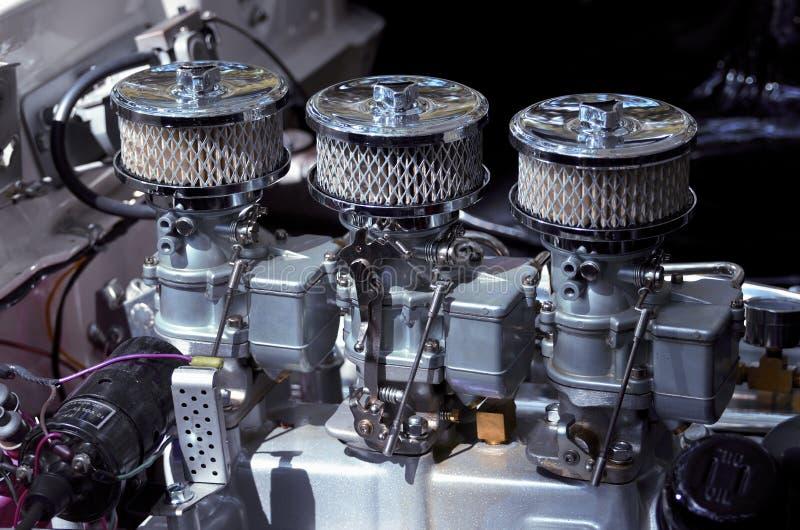 Dostosowywający samochodowy silnik  zdjęcie stock