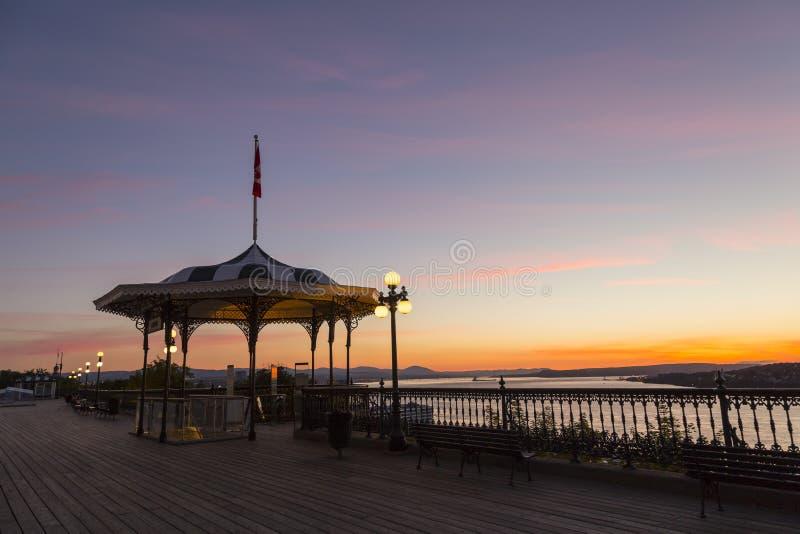 Dosyć elegancki pawilon na Dufferin tarasie przy wschodem słońca zdjęcie stock