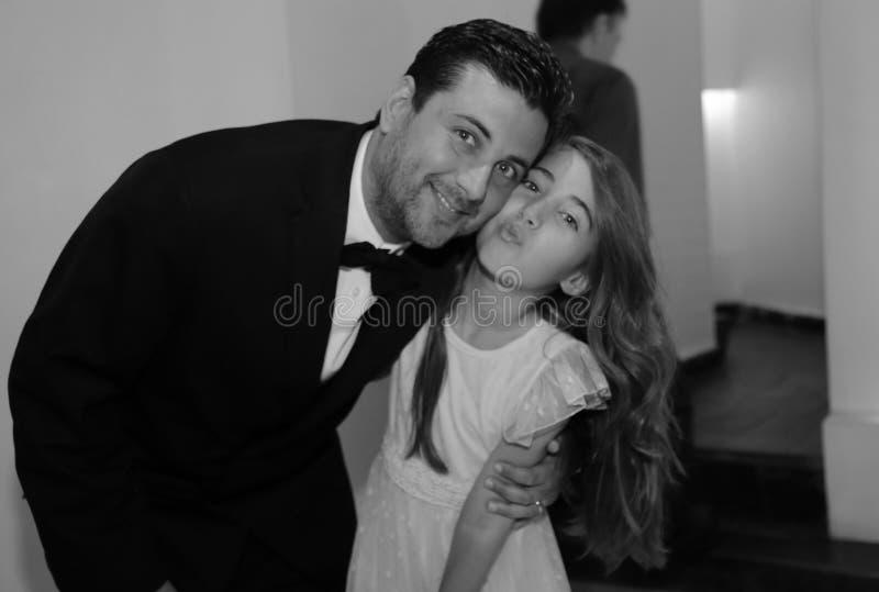 Dosyć nastoletniego quinceanera dziewczyny urodzinowa odświętność w princess sukni menchii przyjęciu, specjalny świętowanie dziew fotografia royalty free