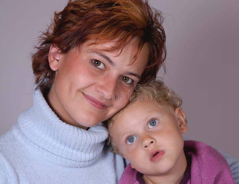 Download Dottermoder fotografering för bildbyråer. Bild av barn - 278117
