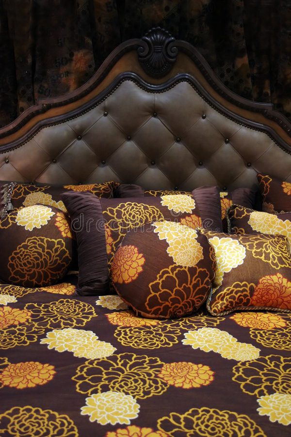 Download Double Bed With Beautiful Linen Stock Image - Image: 2018881