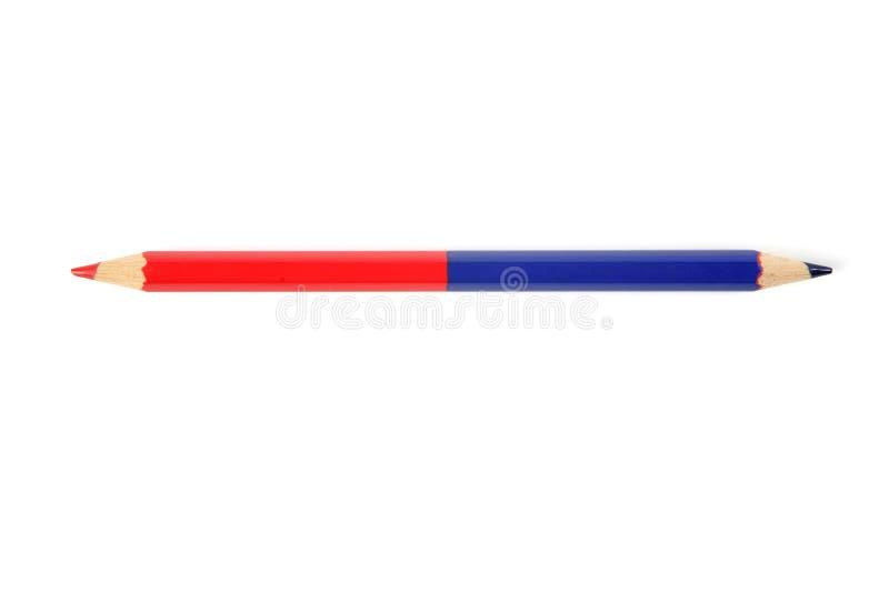 Double crayon bleu et rouge de couleur image libre de droits