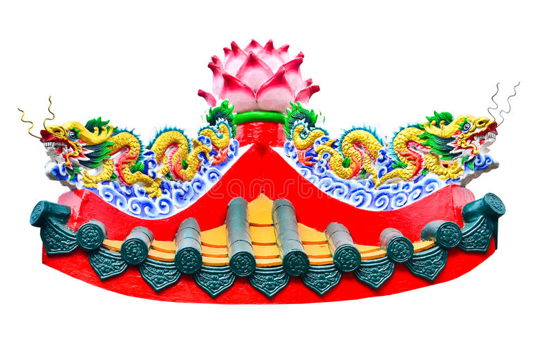 Double statue de style chinois de dragon dans le temple photographie stock