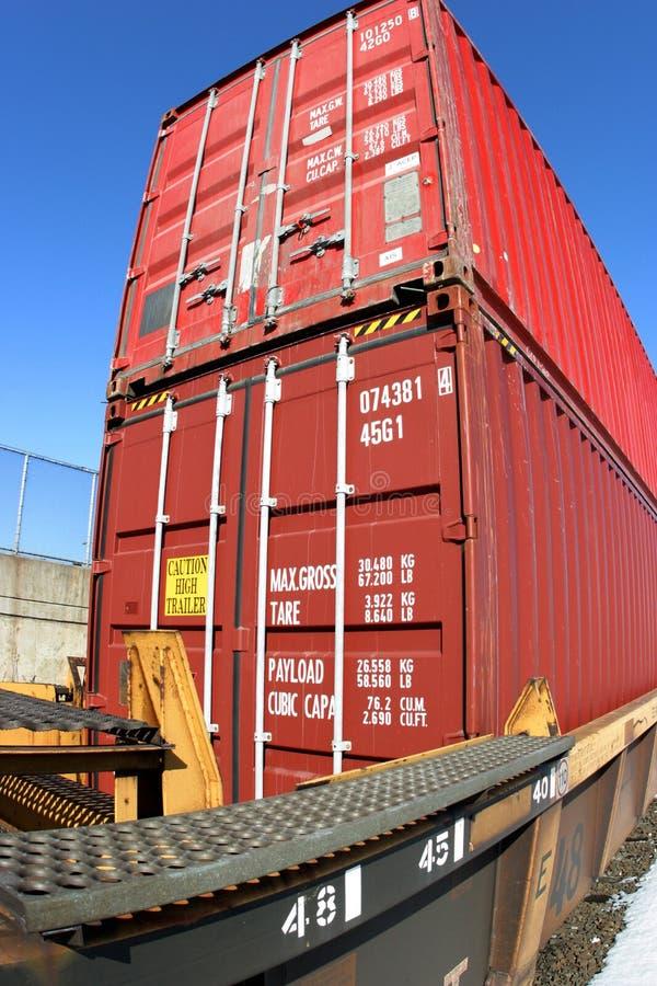 Double train de conteneur de pile images stock
