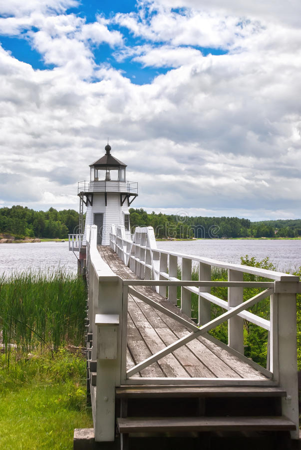Free Doubling Point Lighthouse Royalty Free Stock Photos - 31997398