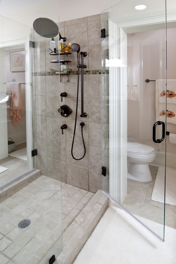 Douche en pierre de tuile photos stock