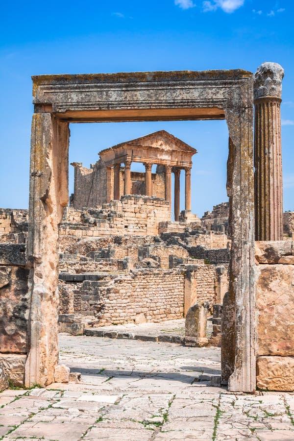 Dougga, Roman Ruins: Een Unesco-Plaats van de Werelderfenis in Tunesië royalty-vrije stock foto's