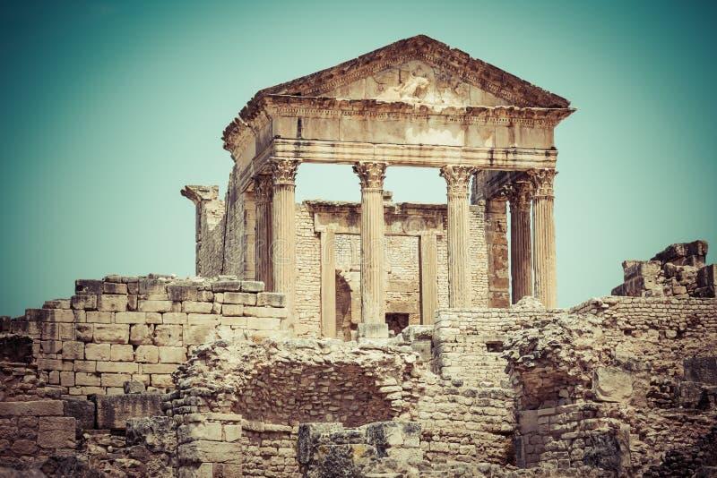 Dougga, Roman Ruins: Eine UNESCO-Welterbestätte in Tunesien stockfotos