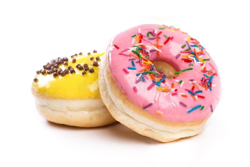 Doughnut που απομονώνεται σε ένα άσπρο υπόβαθρο στοκ εικόνες