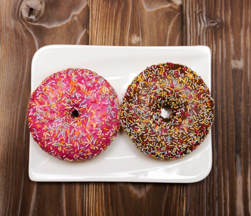 Doughnut Het zoete voedsel van de suikerglazuursuiker Dessert kleurrijke snack royalty-vrije stock afbeeldingen