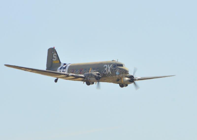 Douglas C-53D Skytrooper un chiaro giorno fotografie stock libere da diritti