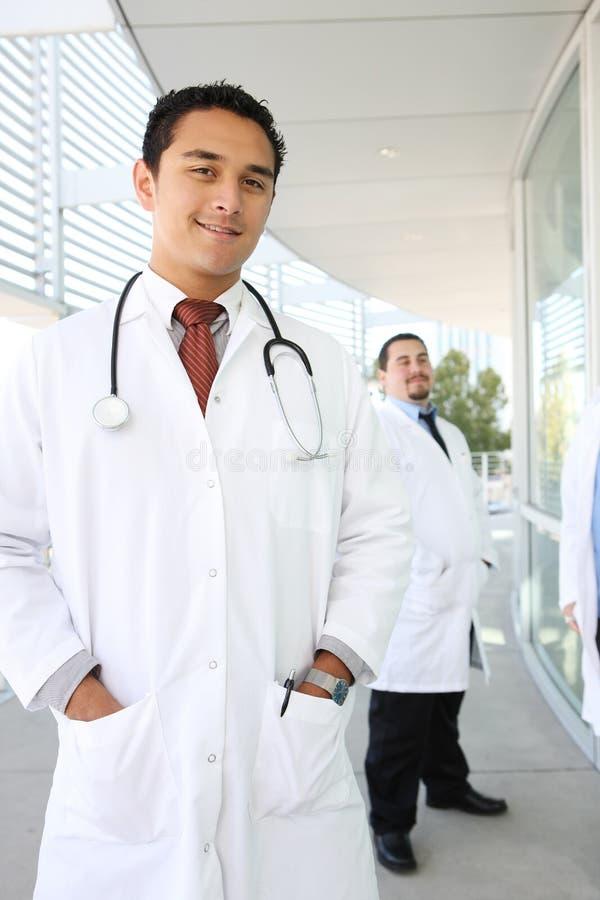 Doutor bem sucedido feliz imagens de stock royalty free