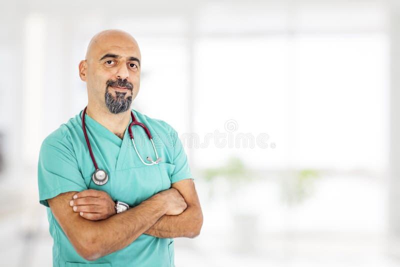 Doutor com estetoscópio fotografia de stock royalty free