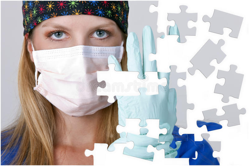 Doutor com partes faltantes do enigma fotografia de stock