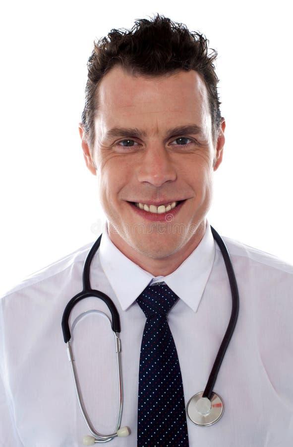 Doutor considerável novo, retrato foto de stock royalty free