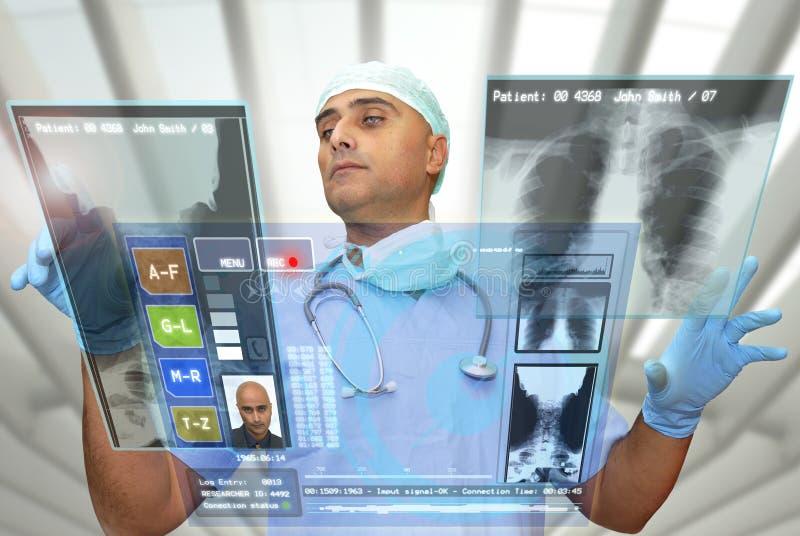 Doutor da alta tecnologia fotos de stock royalty free