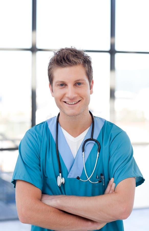 Doutor masculino feliz fotografia de stock
