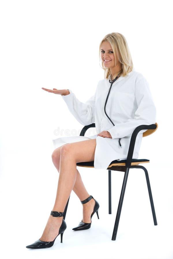 Doutor novo com estetoscópio fotografia de stock