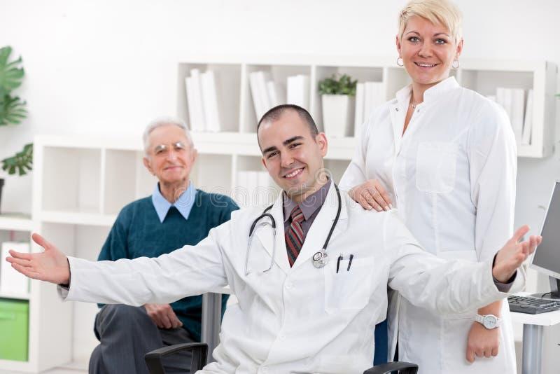 Doutor novo no escritório fotografia de stock