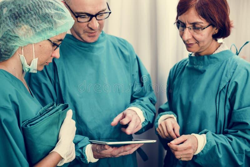 Doutores em uma estadia da ruptura imagens de stock royalty free