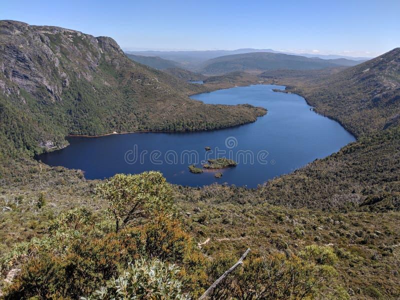 Dove See-Wiegen-Berg Tasmanien stockfoto