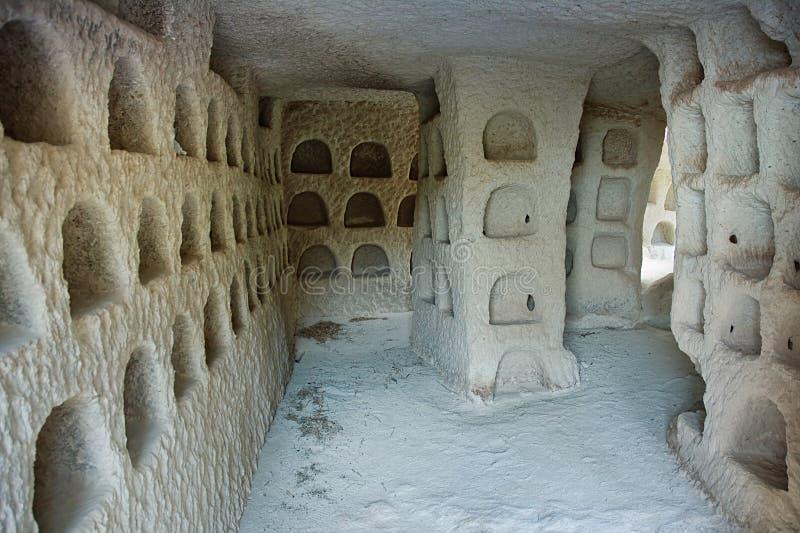 Dovecote μέσα, το οποίο γίνεται στις αρχαίες κατοικίες σπηλιών των ανθρώπων Κοιλάδα περιστεριών, Cappadocia, Ανατολία, Τουρκία στοκ εικόνες