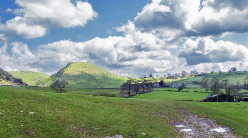 Dovedale小山-英国 库存图片