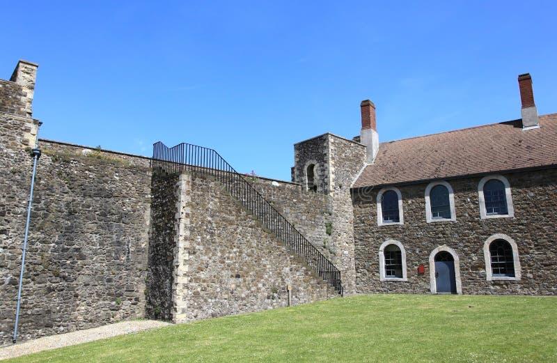 Dover Castle av England royaltyfria bilder