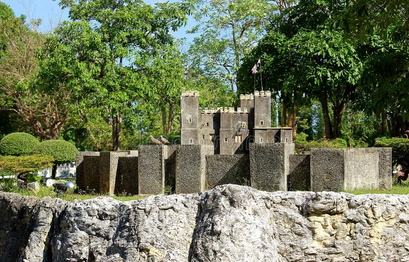 Dover slott i Mini Siam Park i den Pattaya staden royaltyfria bilder