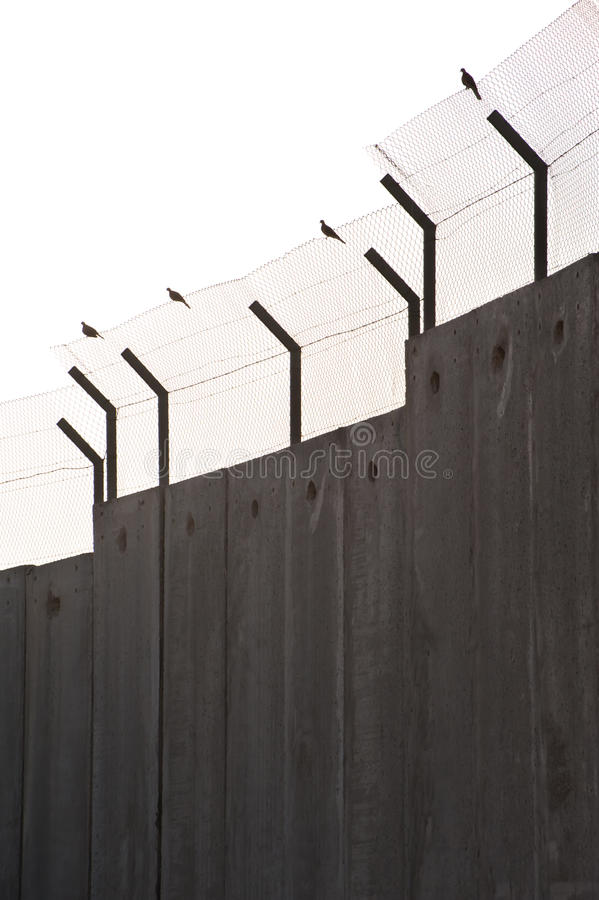 Doves And Israeli Separation Barrier Royalty Free Stock Photo