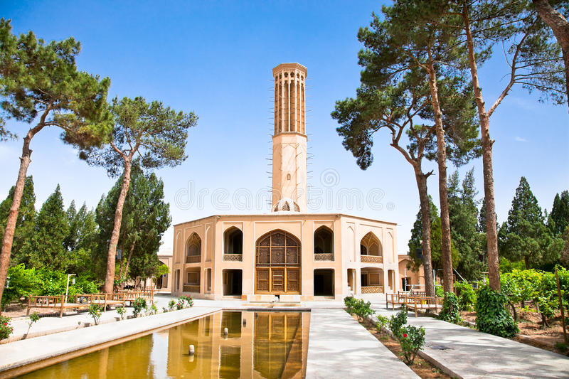 Dowlat Abad庭院。 Yazd,伊朗 免版税库存照片