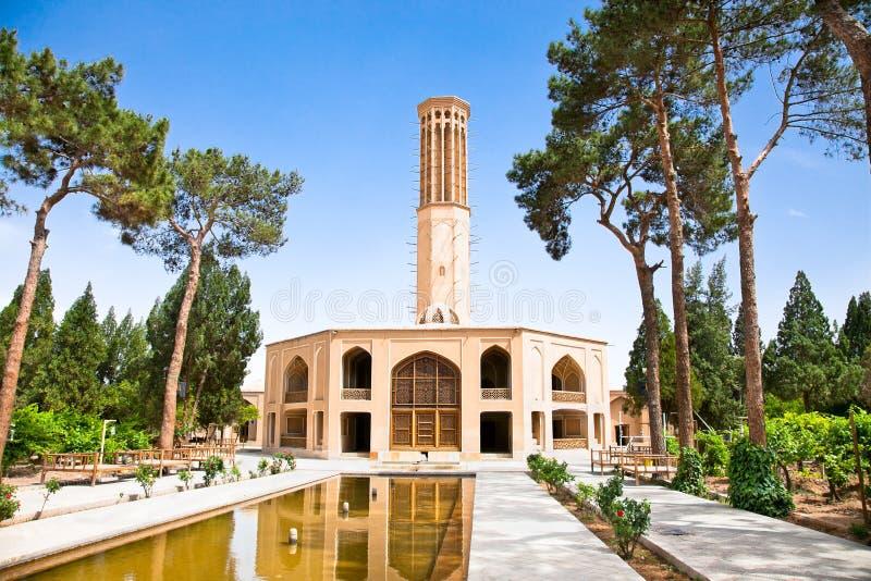 Dowlat Abad trädgård. Yazd Iran royaltyfria foton