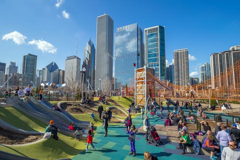 Downtown's Nowy boisko: Maggie Daley park obrazy stock