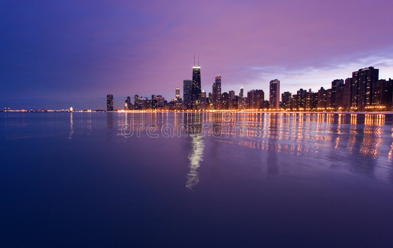Downtown Chicago from Lake Mic royalty free stock photos