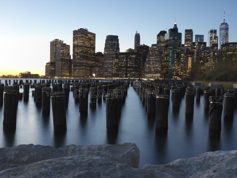 Downtown Manhattan Skyline from the Brooklyn Bridge Park stock photography