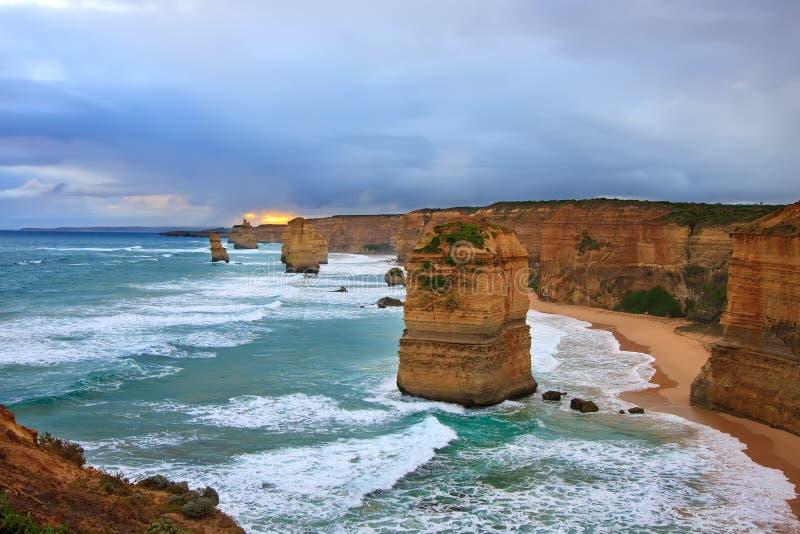 Doze apóstolos, grande estrada do oceano foto de stock