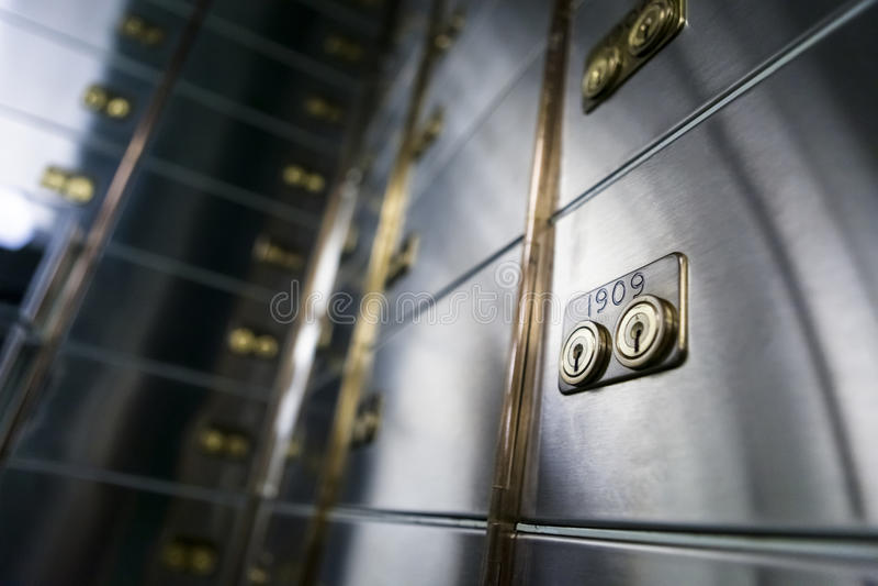 Dozen van de bank de veilige storting stock foto